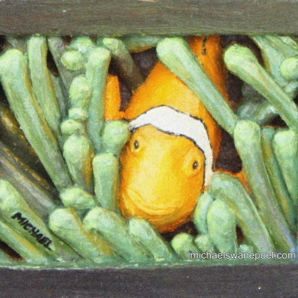 20-anemone-fish-14cm-x-11cm-x-3-5cm-relief-sculpture-jelutong-wood-artists-oils-michael-swanepoel-side-view-right-600x600